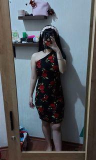 Rose Dress one shoulder