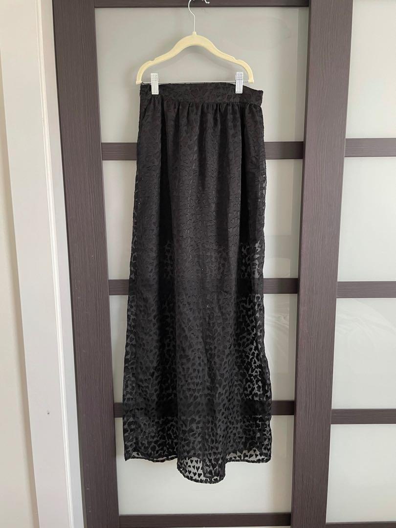 Skirt with heart overlay