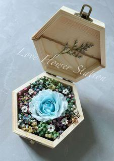 Small Wooden Box With Preserved Rose/Mother's Day Flower Gift/ Graduation Flower Gift/Birthday Flower / Preserved Rose