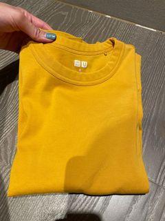 uniqlo 圓領T shirt 短袖上衣S