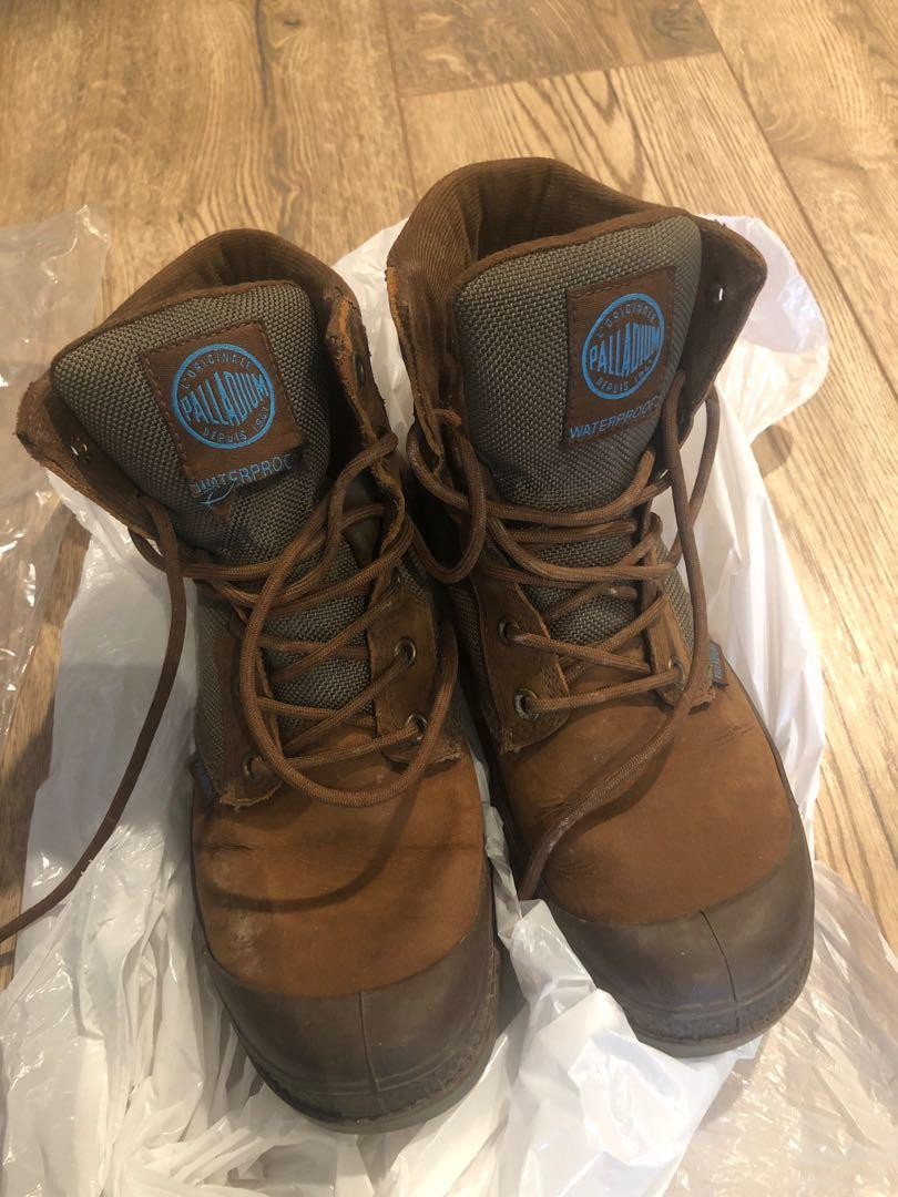 Waterproof boots (US 6.5)