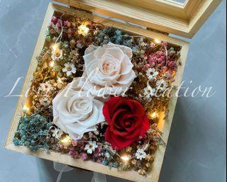 Wooden Box With Preserved Rose With LED Light/ Dried Rainbow Baby Breath/ Mother's Day Flower Gift Box/Birthday Flower Gift Idea