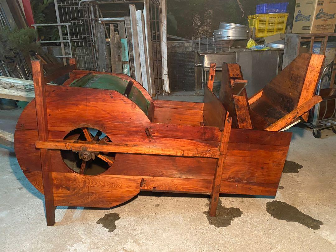 檜木碾米機