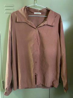 藕粉色襯衫 莫蘭迪色