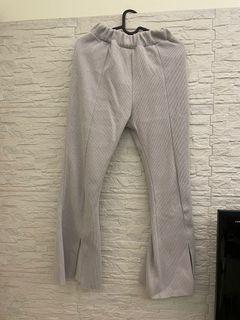 灰色喇叭褲 超級顯瘦