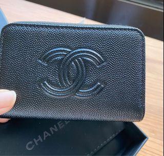 Chanel香奈兒黑色大logo限量荔枝ㄇ字拉鍊零錢包