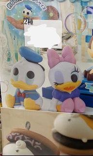Donald donaldduck Daisy 排排坐扭蛋一對