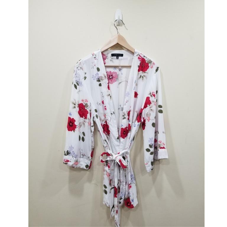 Dynamite   White Kimono   Medium