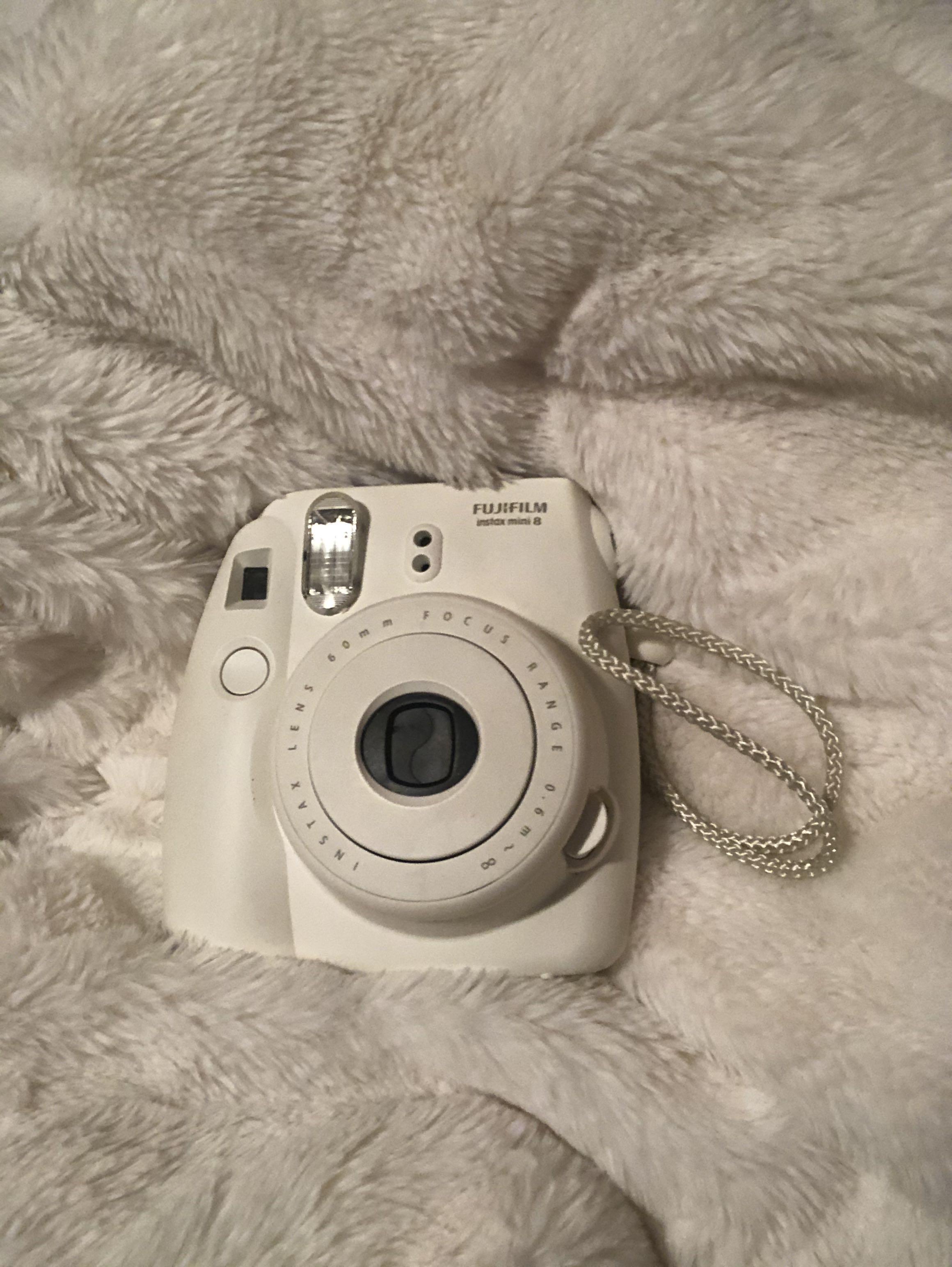 FUJIFILM Instax Mini 8 - Polaroid Camera