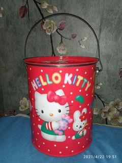 Hello kitty vintage bucket tin can with lid