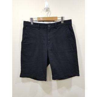 Old Navy | Black & Chino Shorts | 32 W