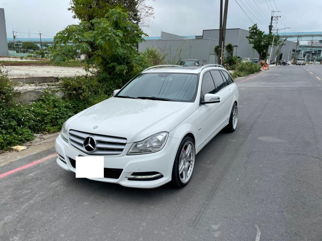 《鑫宏車業》車輛目前在新北市,2012年賓士C250五門旅行式1.8....歡迎預約來店賞車