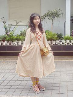 蘿莉米杏色公主在逃洋裝