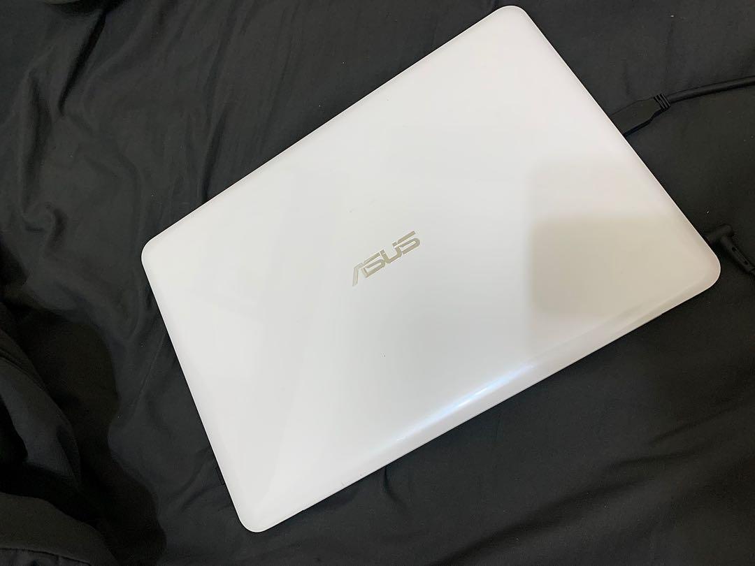 ASUS L402 14吋四核筆電 白
