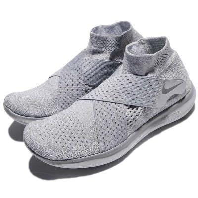 Nike 跑步鞋