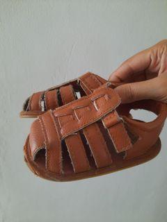 Sandal Gladiator bayi import tan