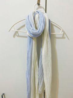 Uniqlo 棉麻披肩圍巾
