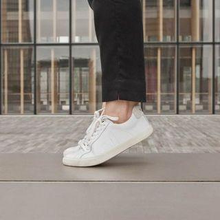 法國 VEJA 經典小白鞋 皮革款 純白 女 37
