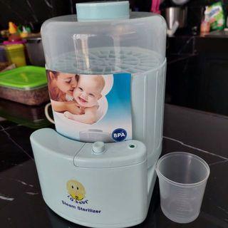 IQ Baby Bottle sterilizer