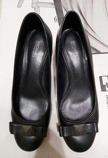 MK低跟上班鞋