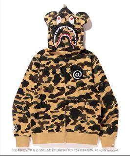 求庫柏力克熊系列外套