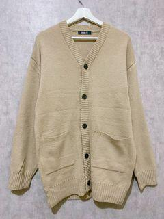 Beige outer knit
