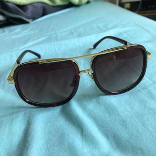 Brown/Gold Sunglasses