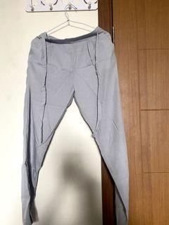 Celana bahan cotton abu-abu / grey
