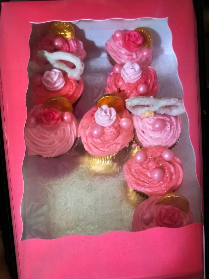 Cupcakes & Strawberry orders