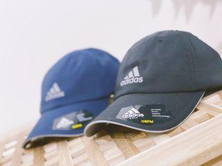 New 全新 adidas 老帽 藍色blue