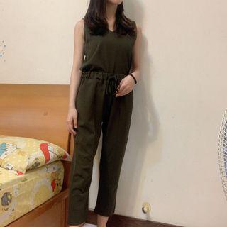 墨綠休閒套裝