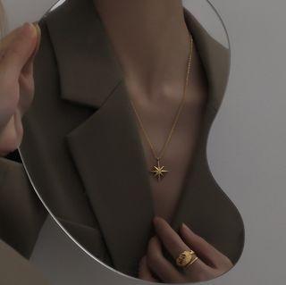 (新品現貨) 歐美日韓風簡約閨蜜同款金色八芒星項鍊精品首飾飾品