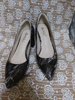 amai 大理石紋漆皮高跟鞋 全新僅試穿35號