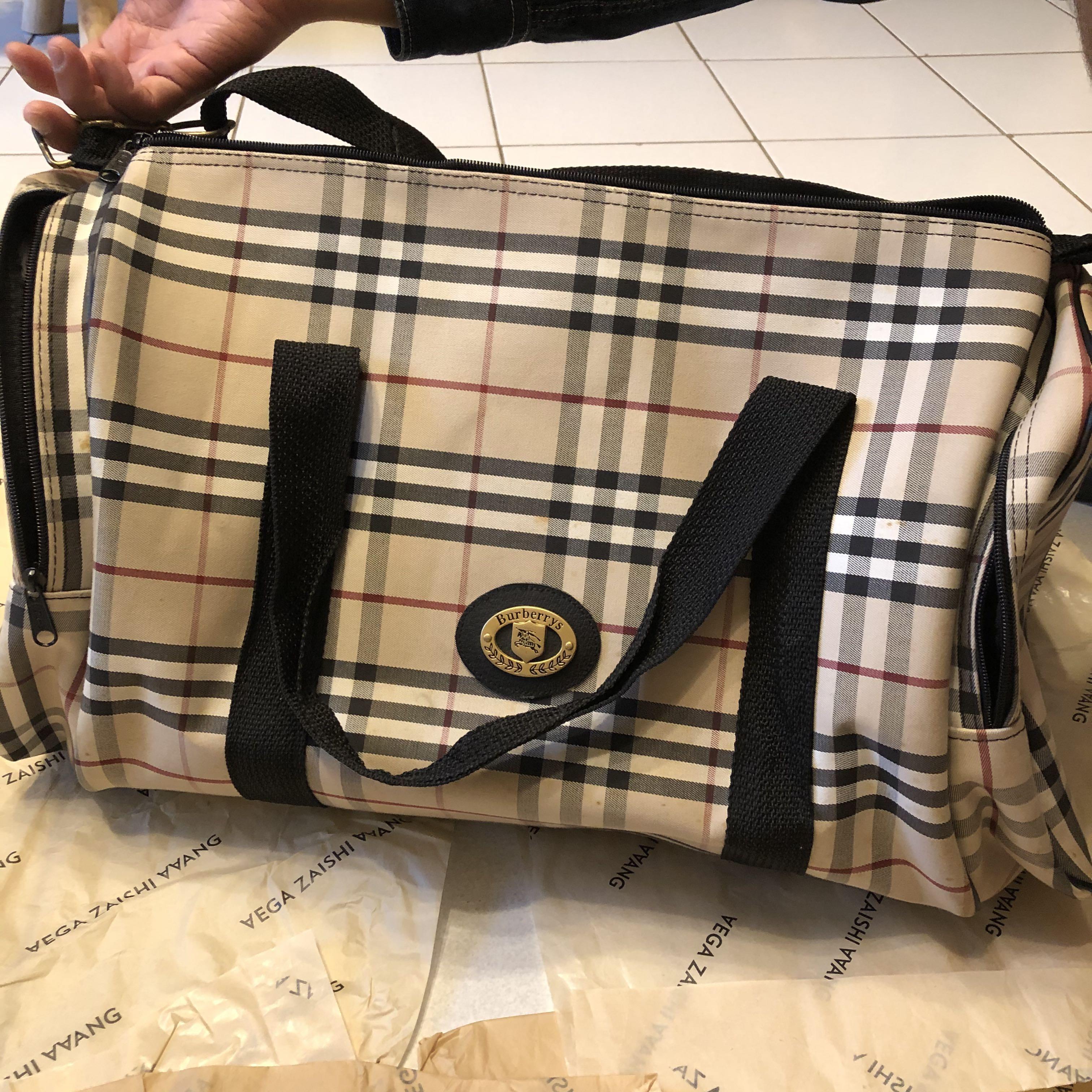 Burberry 經典格紋行李袋 行李側背包(資訊待補)