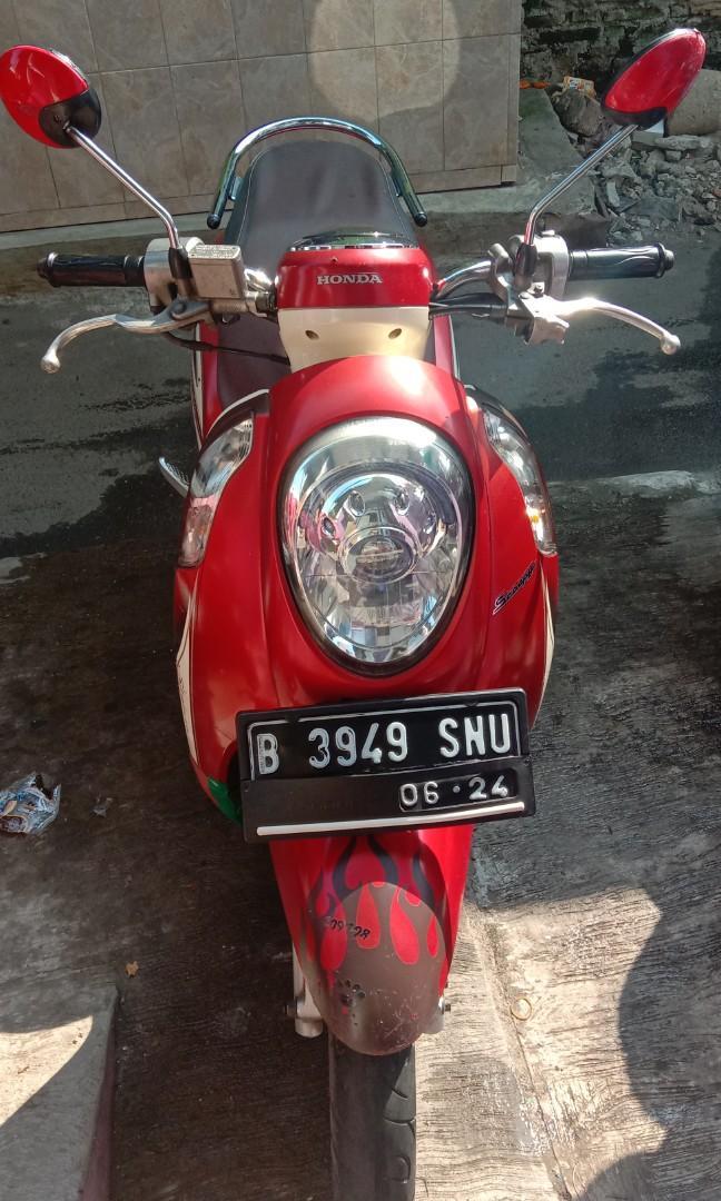 Dijual motor kesayangan Scoopy fi