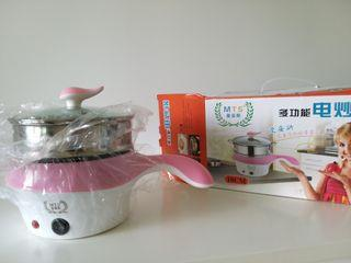 Non stick Electric stir fry pot with extra steamer basket and glass lid