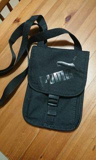 PUMA 側背包