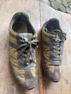 Sepatu Benetton Size 45 Original