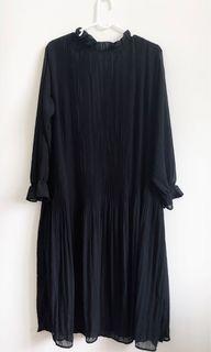 專櫃全新✨透膚細百褶黑色洋裝。S-L皆可穿 #含運