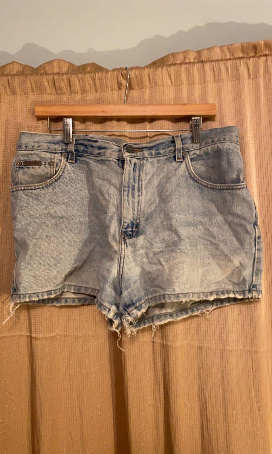 Vintage Lightwash Calvin Klein Denim Shorts