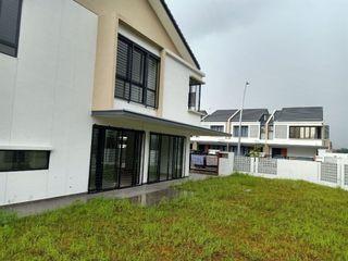 [WTS] Elmina Green Corner Lot Double Storey