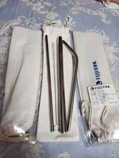 不鏽鋼吸管組    3組