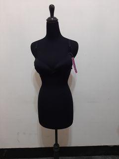 全新~ 台灣自製品牌 Chen Ming & Dream 無鋼圈黑色內衣 尺寸: L