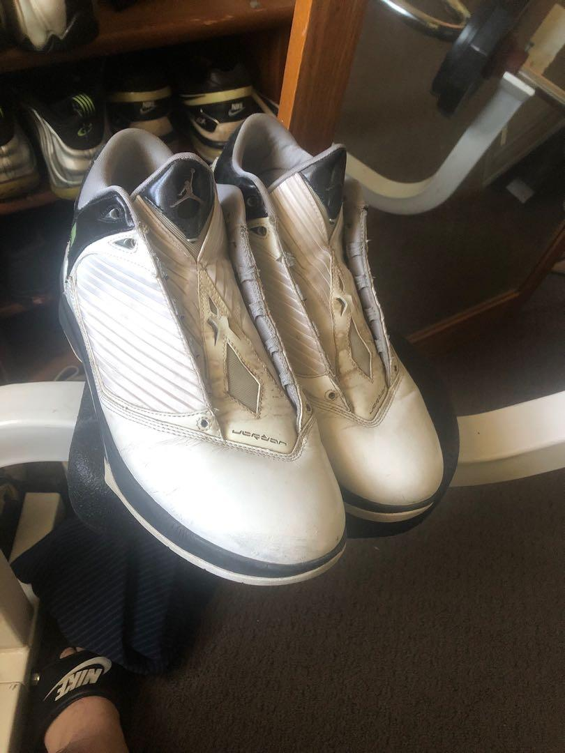 Basketball Shoes Size 9/10