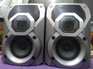 Panasonic pm-ak27喇叭1對/雙層重低音分路輸出/100瓦