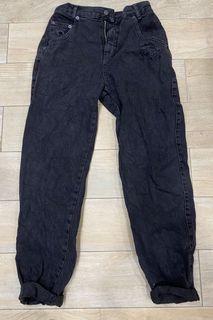 Pull&bear刷破洗舊牛仔寬褲(黑36)