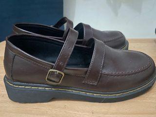Sepatu mary jane no.38 (NEW)
