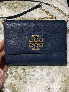 Toryburch chain on wallet purse