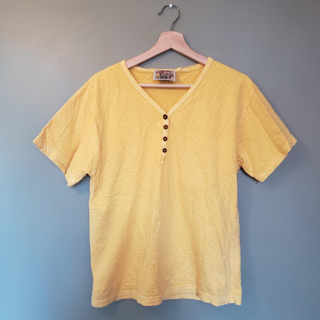 Vintage yellow shortsleeve top