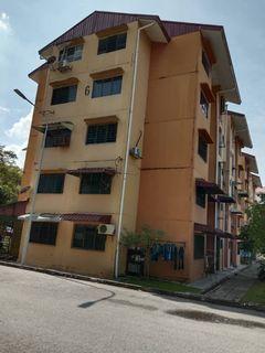 [WTS] Flat Pkns Seksyen 8 Shah Alam Level 2 Good Area